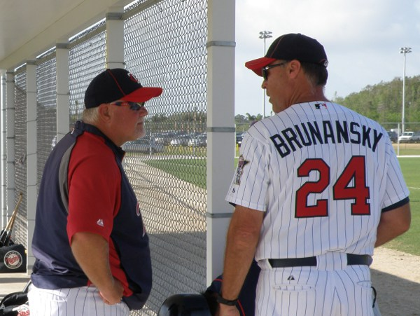 Ron Gardenhire and Tom Brunansky  (photo: Knuckleballs)
