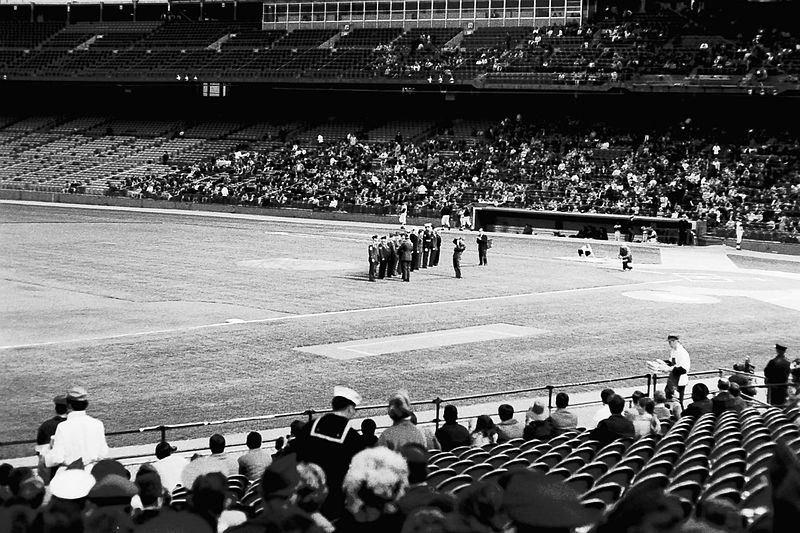 A sparce crowd at Metropolitan Stadium in 1972 (Photo: Steven R. Swanson)