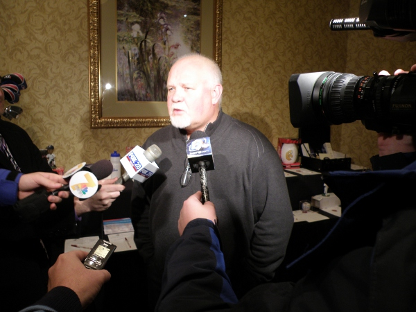 Ron Gardenhire with what passes as the media hoard in Cedar Rapids (including a voice recorder held by a local blogger who shall remain nameless)