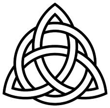 celtic-knot-triangular