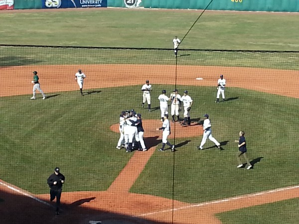 Kernels Celebrate a No-Hitter