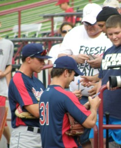 Max Kepler and Caleb Brewer sign some autographs