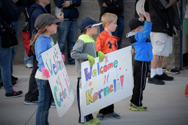 Young Kernels fans greeting the arriving 2016 Kernels